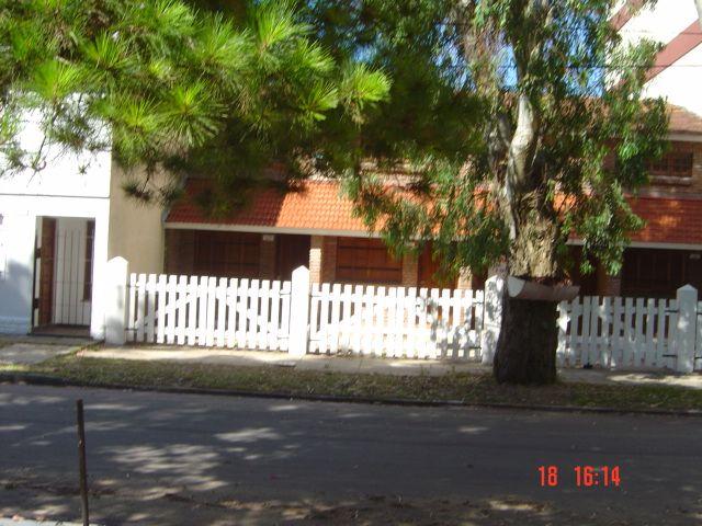 SAN BERNARDO: Zona residencial, complejo de 4 dúplex, capacidad 8 personas