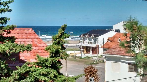 vista al mar desde el dormitorio 1