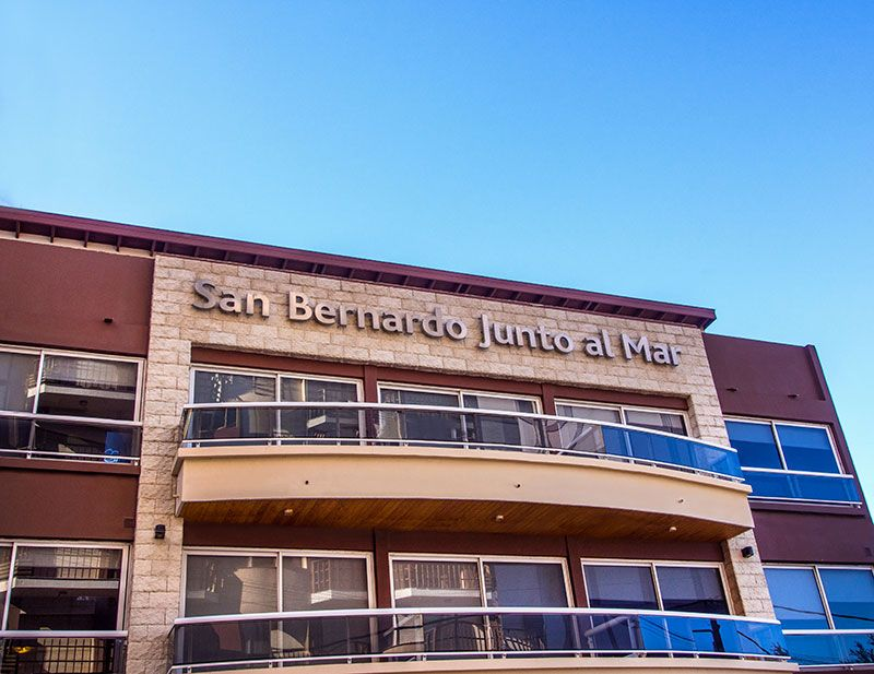 SAN BERNARDO: Departamentos triplex de primer nivel