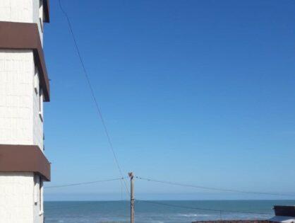 VILLA GESELL: Depto frente al mar