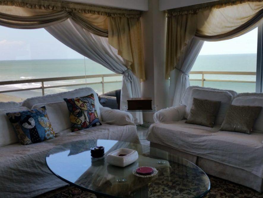 SAN BERNARDO: Piso frente al mar de categoría