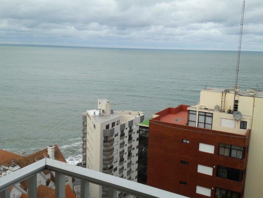 MAR DEL PLATA: Depto 2 ambientes con excelente vista al mar
