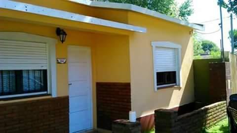 MAR DE AJO: Casa 4/para 5 a 6 cuadras de la playa