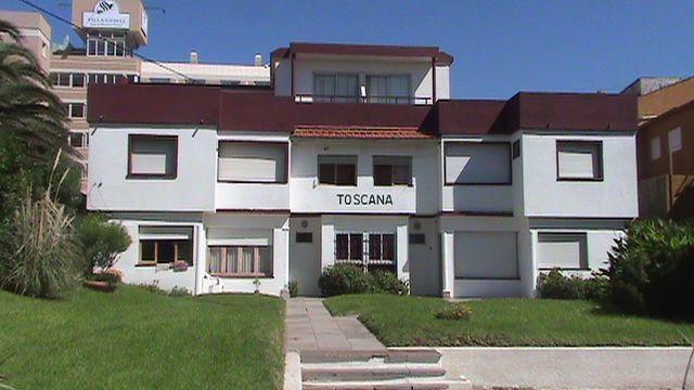 VILLA GESELL: Hospedaje Toscana