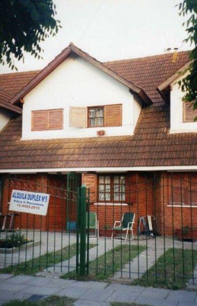 SAN BERNARDO: Duplex para 6 personas sobre Av Tucumán